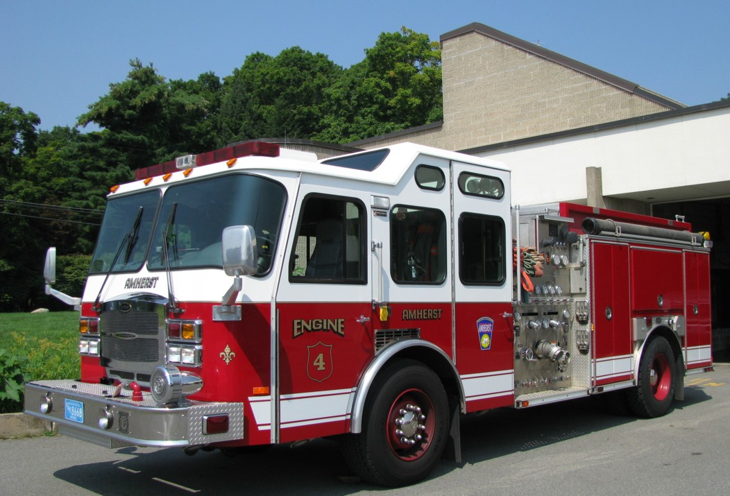 Amherst Engine 4 2009.jpg